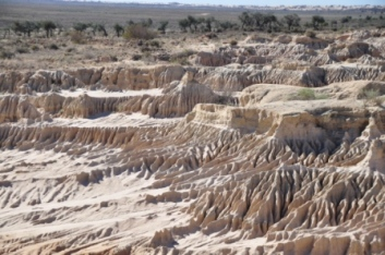 The Great Walls of China - Mungo NP
